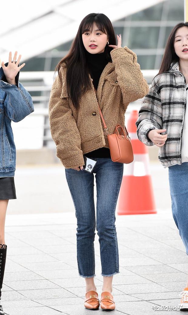 Dàn sao từ Hàn sang Việt Nam chiều nay dự AAA: Red Velvet - TWICE đụng độ, Kang Daniel đi cùng Jihyo? - Ảnh 12.