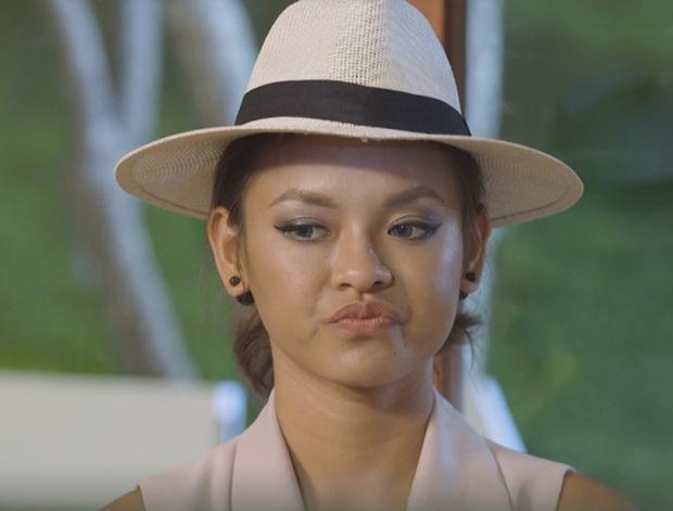 Minh Tú chu môi tại Hoa hậu Hoàn vũ VN làm khán giả nhớ tới... Lan Khuê - Ảnh 7.