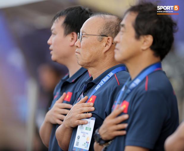 HLV Park Hang-seo không vui dù U22 Việt Nam mở màn SEA Games bằng chiến thắng 6 sao - Ảnh 3.