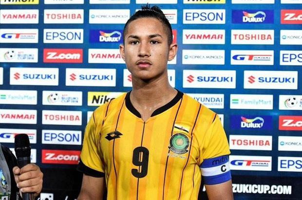 Bình luận của Đức Huy về cầu thủ mang thân phận hoàng gia bất ngờ được share điên đảo bên lề trận Việt Nam gặp Brunei ở SEA Games - Ảnh 1.