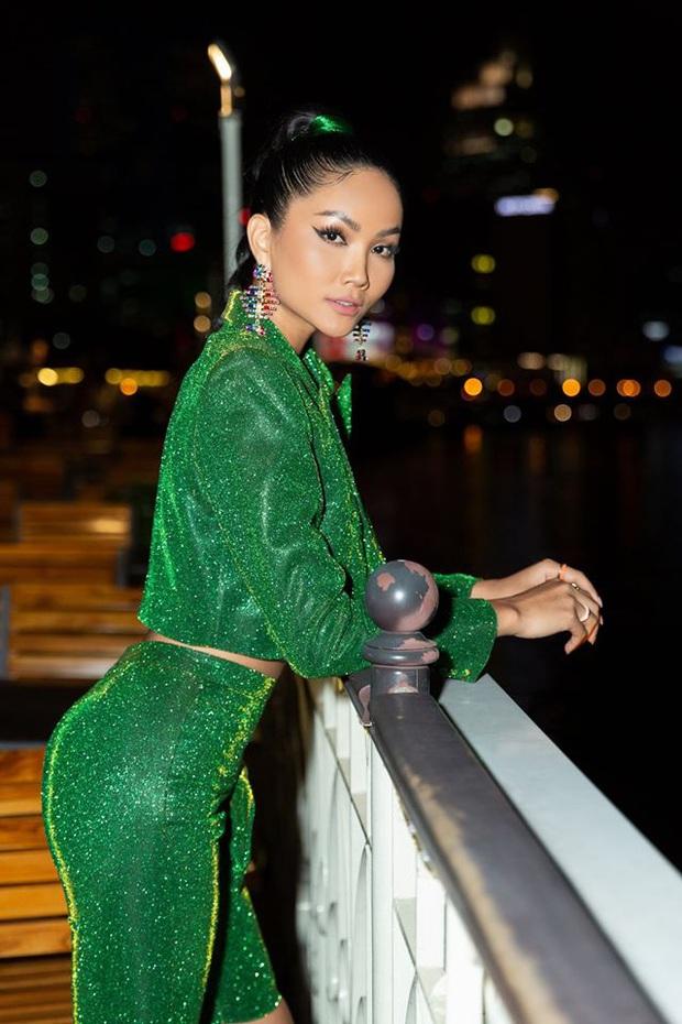 HHen Niê tiết lộ về sự cố tại Miss Universe, khuyên Hoàng Thùy mặc thử trang phục dân tộc 2 tiếng để kiểm tra - Ảnh 5.