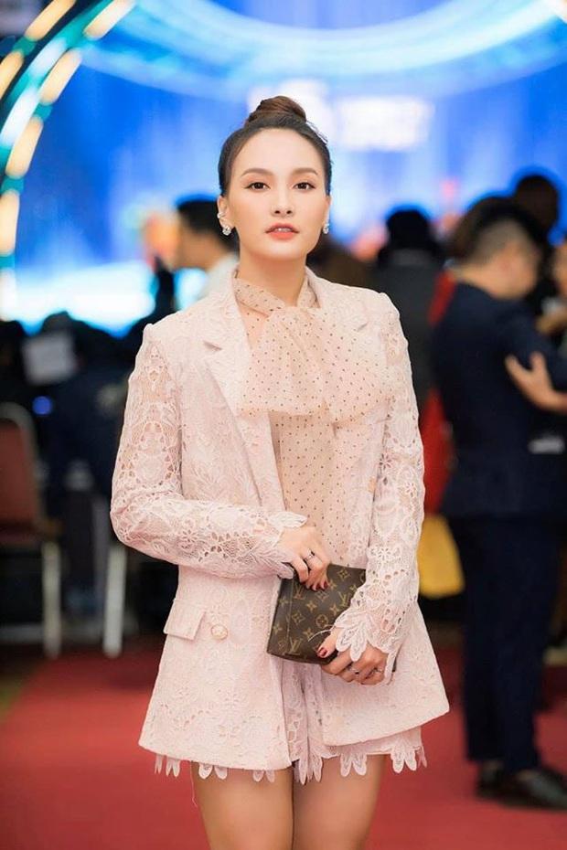 Phỏng vấn nóng 3 sao Việt dự AAA 2019: Quốc Trường sợ đụng độ Ji Chang Wook, Bích Phương và Bảo Thanh nói gì? - Ảnh 6.