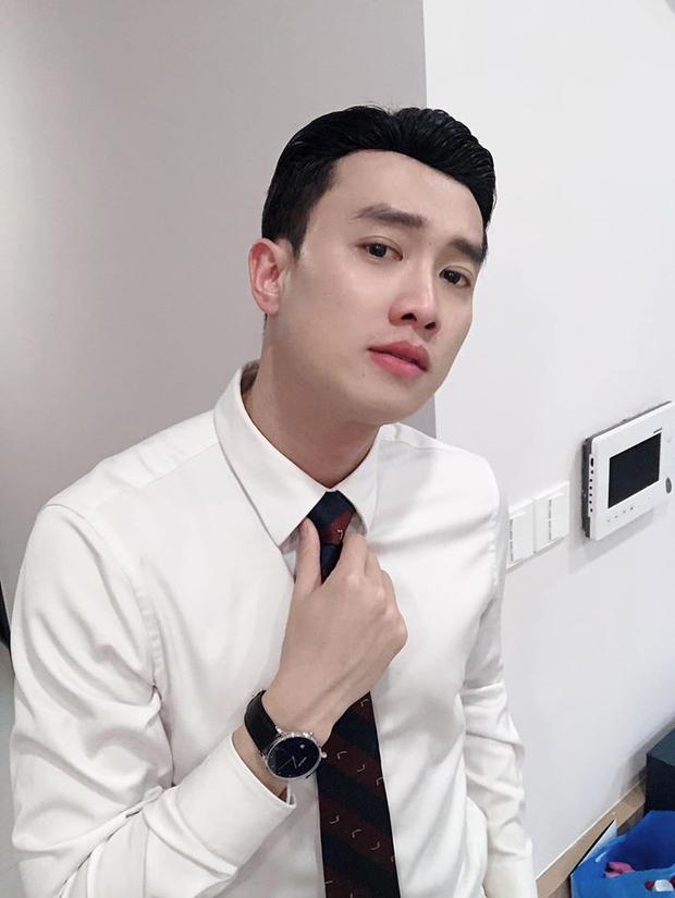 Phỏng vấn nóng 3 sao Việt dự AAA 2019: Quốc Trường sợ đụng độ Ji Chang Wook, Bích Phương và Bảo Thanh nói gì? - Ảnh 2.