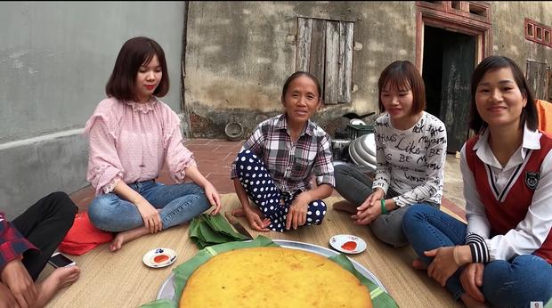 Lại thất bại trong màn làm đồ ăn siêu to khổng lồ, bà Tân nhanh chóng chữa cháy để cứu chiếc bánh khoai - Ảnh 10.