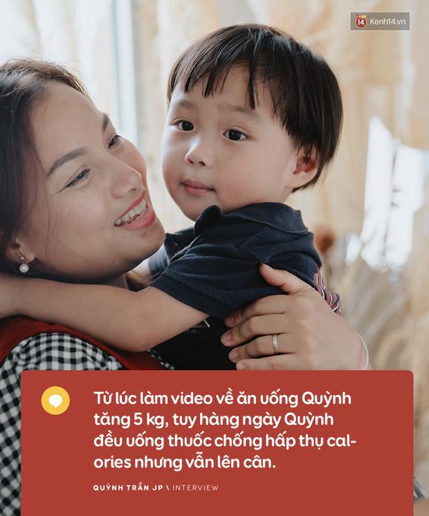 """Trò chuyện độc quyền với mẹ con Youtuber Quỳnh Trần - bé Sa: """"Thời gian đầu ông xã còn sợ mình làm khùng làm điên trên mạng không ai coi!"""" - Ảnh 8."""