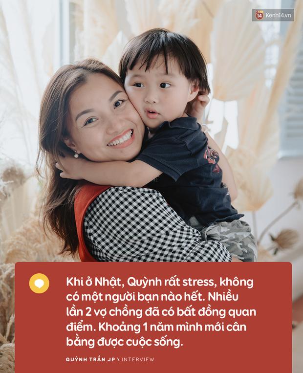 """Trò chuyện độc quyền với mẹ con Youtuber Quỳnh Trần - bé Sa: """"Thời gian đầu ông xã còn sợ mình làm khùng làm điên trên mạng không ai coi!"""" - Ảnh 15."""