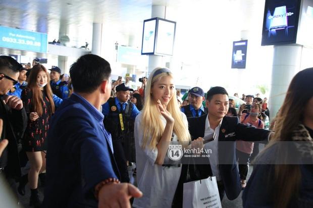 Trong khi fan Việt chỉ lo idol sốc nhiệt khi sang Việt Nam dự AAA, loạt sao Hàn lại có màn thay đồ before - after siêu hợp lý - Ảnh 7.