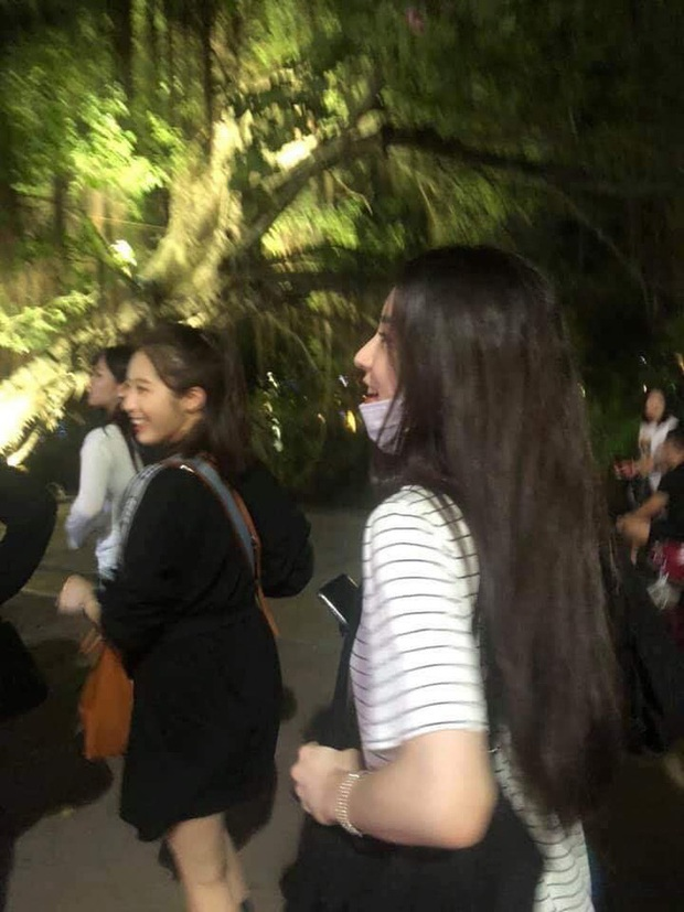 Vừa đến dàn sao Hàn đã thi nhau đi ăn vặt tại Hà Nội: Zico xếp hàng mua trà sữa, GOT7 và tài tử đình đám lượn siêu thị - Ảnh 9.
