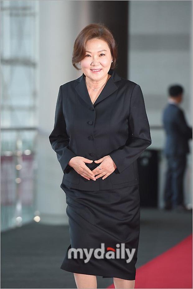 Lễ trao giải Văn hóa Hàn Quốc: Ông bố hai con Bi Rain tái xuất cực phong độ, hầu hết các sao đều chọn trang phục tối màu sau sự ra đi của Goo Hara - Ảnh 13.