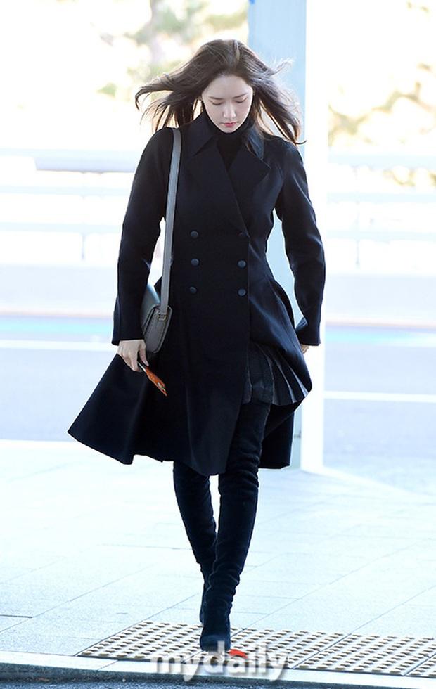 Yoona xuất hiện nhanh như chớp vẫn khiến sân bay Việt vỡ trận vì nhan sắc xinh đẹp xứng danh nữ thần Kbiz! - Ảnh 11.