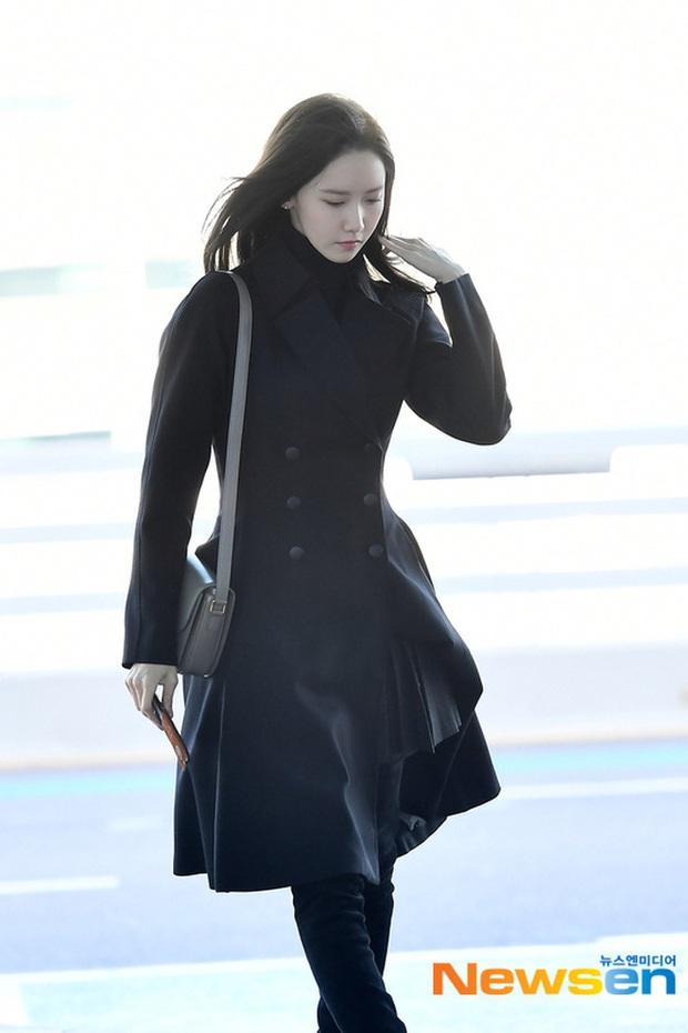 Yoona xuất hiện nhanh như chớp vẫn khiến sân bay Việt vỡ trận vì nhan sắc xinh đẹp xứng danh nữ thần Kbiz! - Ảnh 10.