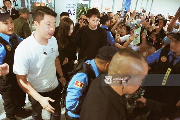 Yoona xuất hiện nhanh như chớp vẫn khiến sân bay Việt vỡ trận vì nhan sắc xinh đẹp xứng danh nữ thần Kbiz! - Ảnh 5.