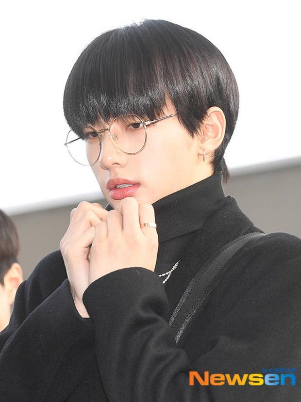 Dàn sao từ Hàn sang Việt Nam chiều nay dự AAA: Red Velvet - TWICE đụng độ, Kang Daniel đi cùng Jihyo? - Ảnh 14.
