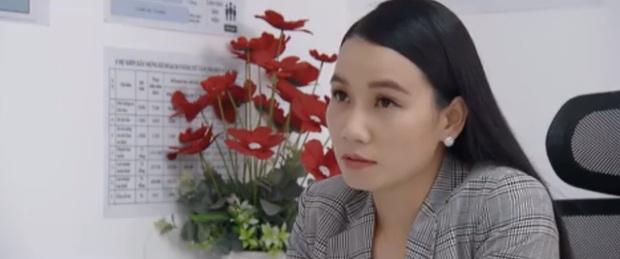 Điều lạ lùng ở Hoa Hồng Trên Ngực Trái: Khi phụ nữ li hôn xem thường người cùng cảnh ngộ? - Ảnh 1.