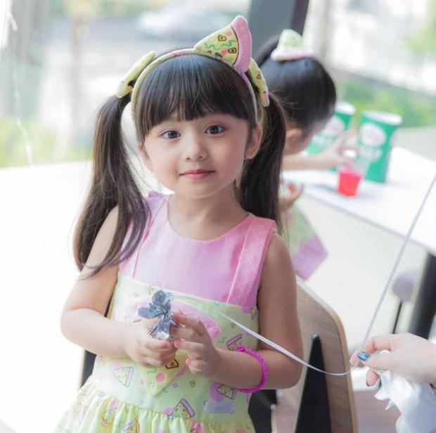 Hoa hậu nhí Thái Lan gây sốt Weibo: Chỉ mới 6 tuổi nhưng nhan sắc, thần thái được ví là Tiểu Baifern - Ảnh 9.