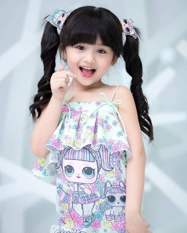 Hoa hậu nhí Thái Lan gây sốt Weibo: Chỉ mới 6 tuổi nhưng nhan sắc, thần thái được ví là Tiểu Baifern - Ảnh 10.