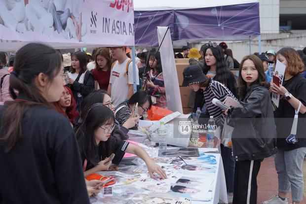 Ngay lúc này: Loạt project quá đỉnh từ fandom Kpop Việt Nam khiến không khí tại SVĐ Mỹ Đình ngày càng nóng dần lên! - Ảnh 4.