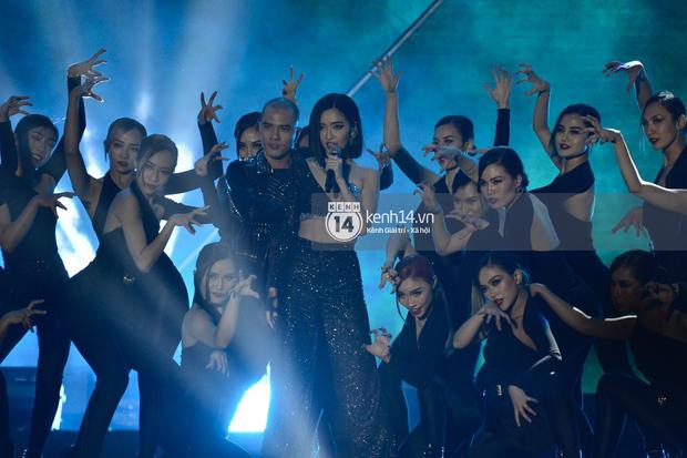 Kinh ngạc fanchant dành cho Đi Đu Đưa Đi của Bích Phương tại AAA 2019: Khi tất cả fandom Kpop hoà chung một nhịp cổ vũ nghệ sĩ Việt - Ảnh 4.