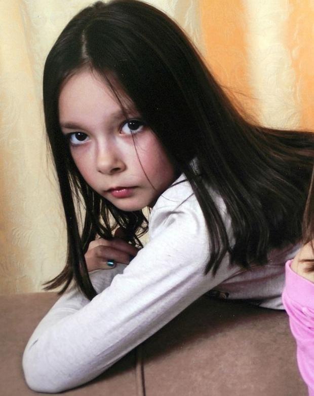 Đến con chó còn được đối xử tốt hơn con, lời trăng trối của bé gái 13 trước khi tự tử hé lộ cuộc đời đau khổ của em - Ảnh 1.