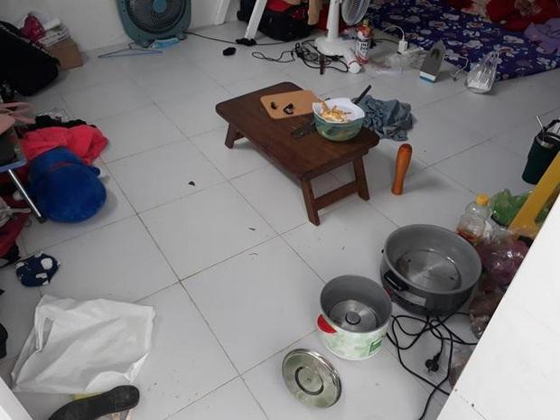 Cô gái kêu trời vì bạn cùng phòng trọ ở bẩn: Bát đũa mốc meo không dọn, kinh hoàng hơn còn lấy bàn chải giặt quần áo để cọ toilet - Ảnh 2.