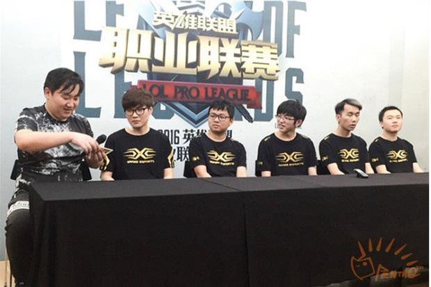 LNG chia tay HLV Zhu Kai, SofM cũng úp mở ra đi, đội hình Snake Esports năm nào giờ chỉ còn lại Flandre - Ảnh 4.