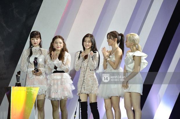 AAA 2019 gây tranh cãi về giải thưởng như thông lệ: BTS trắng tay khó hiểu, nhiều Daesang bất thường kèm hàng loạt tên giải... không hiểu là gì - Ảnh 3.