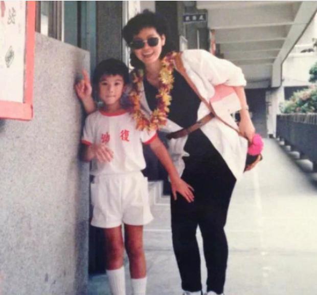 Gia thế của Cao Dĩ Tường: Cha là thương gia Đài Loan giàu có, mẹ là Hoa hậu Malaysia - Ảnh 4.