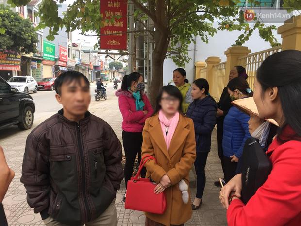 Kết thúc phiên xử buổi sáng vụ mẹ nữ sinh giao gà cùng đồng phạm: Vì Thị Thu phản cung, bà Hiền nói mình bị oan - Ảnh 1.