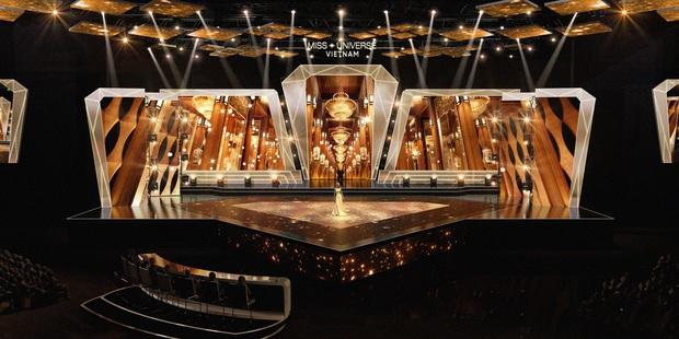 Chính thức hé lộ sân khấu chung kết Hoa hậu Hoàn vũ Việt Nam: Lần đầu tiên xuất hiện đường catwalk dài 60m chuẩn quốc tế! - Ảnh 6.