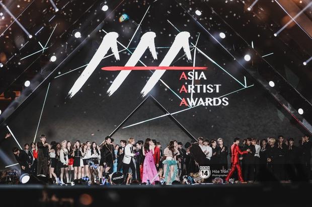 Góc khuất lễ trao giải tầm cỡ quy tụ 100 sao AAA 2019: 1001 phốt, BTC Hàn-Việt đổ lỗi lẫn nhau và chỉ có fan chịu thiệt - Ảnh 2.