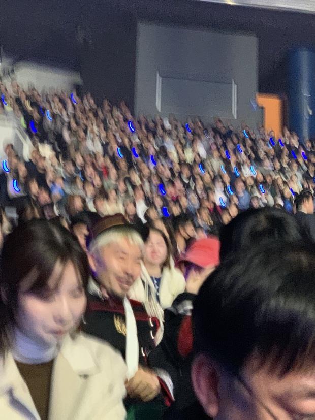 IU tổ chức concert thôi mà chẳng khác gì lễ trao giải: Song Hye Kyo, Kim Soo Hyun, Lee Jun Ki cùng loạt sao Kbiz tề tựu đủ cả - Ảnh 10.