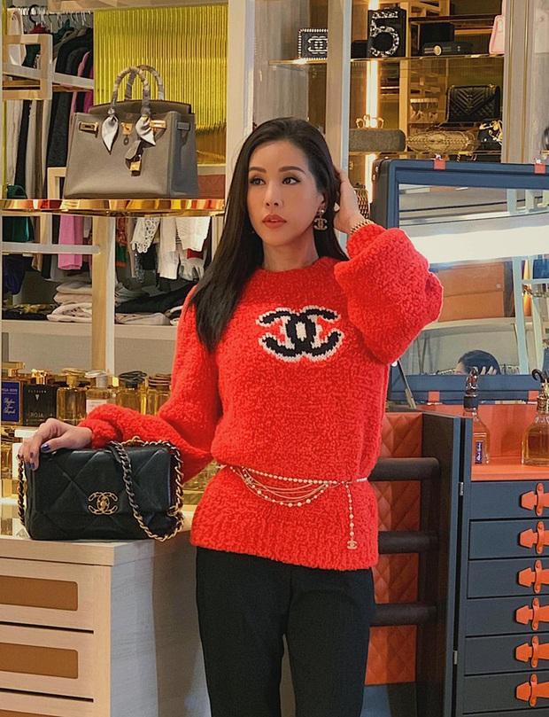 Chiếc áo quốc dân hot nhất Thu Đông này: Từ Ngọc Trinh, Chi Pu cho đến Phượng Chanel và cả loạt sao đều mê mẩn - Ảnh 7.