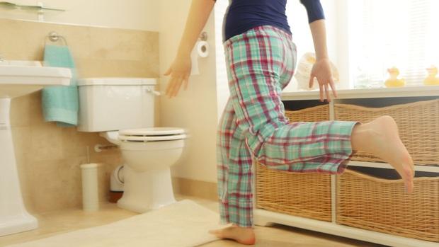 3 đặc điểm khi đi vệ sinh buổi sáng giúp nữ giới nhận biết tử cung của mình có khỏe mạnh hay không - Ảnh 3.