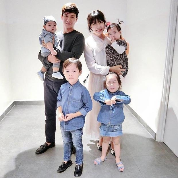 5 gia đình sao Việt đông con nhất Vbiz: Nhà vỡ kế hoạch những rất hạnh phúc, nhà đối mặt rủi ro vẫn quyết giữ thai - Ảnh 1.