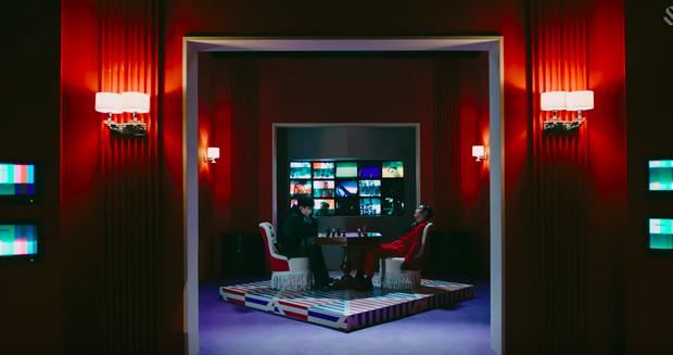 Rùng mình với loạt thuyết âm mưu trong MV mới của EXO: Kẻ thù mà EXO đang phải chiến đấu chính là nỗi ám ảnh đến từ antifan? - Ảnh 9.