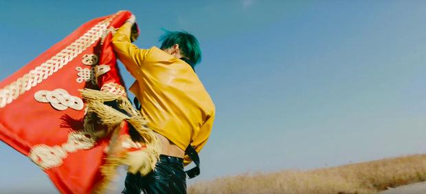 Rùng mình với loạt thuyết âm mưu trong MV mới của EXO: Kẻ thù mà EXO đang phải chiến đấu chính là nỗi ám ảnh đến từ antifan? - Ảnh 19.