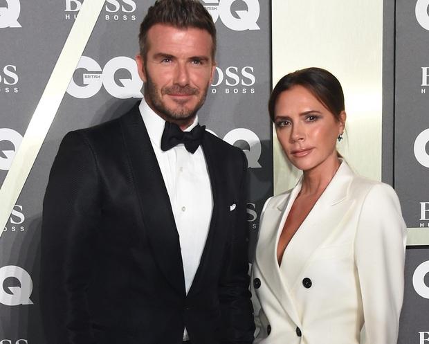 Victoria Beckham đứng trước nguy cơ phá sản: Nợ hàng nghìn tỷ, David đầu tư cho vợ nhưng chỉ nhận lại thất vọng - Ảnh 2.