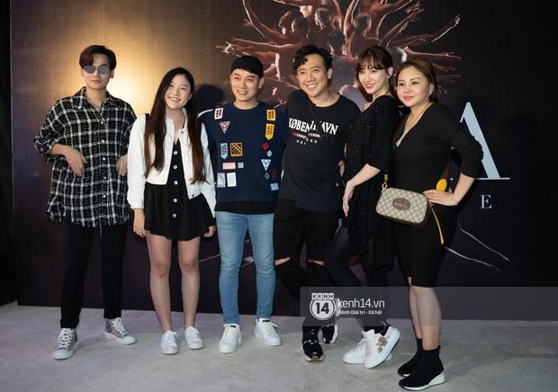 Vừa về nước sau chuyến du lịch Đài Loan, vợ chồng Trấn Thành và hội bạn thân lại tụ họp đi sự kiện chung - Ảnh 2.