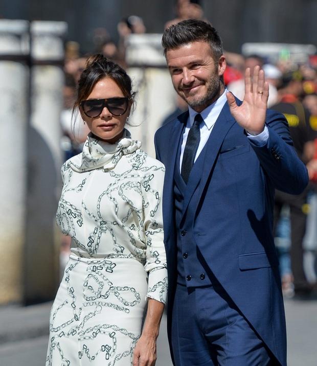 Victoria Beckham đứng trước nguy cơ phá sản: Nợ hàng nghìn tỷ, David đầu tư cho vợ nhưng chỉ nhận lại thất vọng - Ảnh 1.