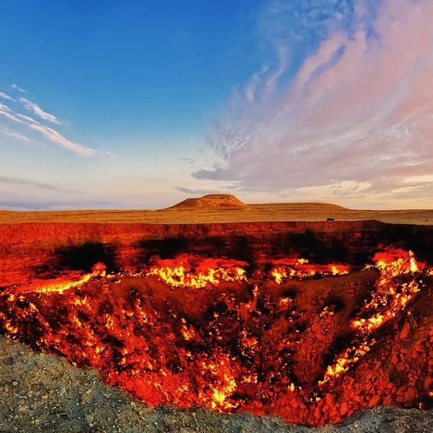 12 hố sâu bí ẩn bậc nhất hành tinh: Hun hút như cổng đến địa ngục, gây choáng ngợp với bất cứ ai tận mắt chứng kiến - Ảnh 1.