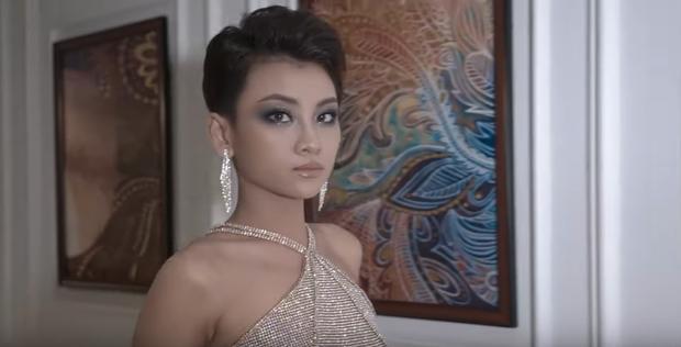Cô gái Ê-đê HLuăi Hwing: Nhan sắc chưa qua photoshop liệu còn giống Phạm Hương? - Ảnh 9.