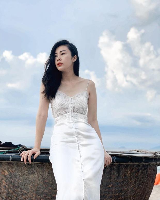 Không ngờ chị gái Denis Đặng cũng xuất hiện trong Tự Tâm, xem loạt ảnh Instagram mới thấy nhan sắc chẳng kém em trai - Ảnh 9.
