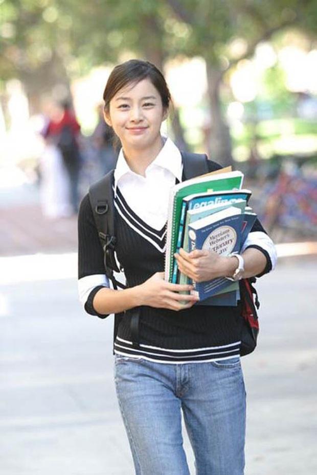 4 vai diễn để đời của Kim Tae Hee: Từ cô em ghẻ tai quái đến công chúa ngủ trong rừng bản Hàn - Ảnh 5.