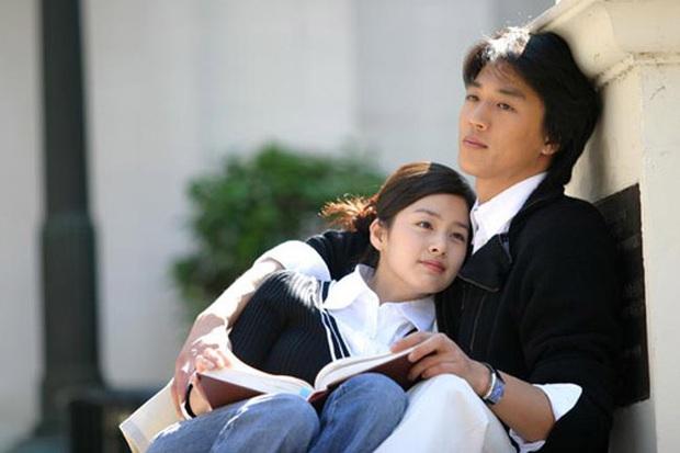 4 vai diễn để đời của Kim Tae Hee: Từ cô em ghẻ tai quái đến công chúa ngủ trong rừng bản Hàn - Ảnh 4.