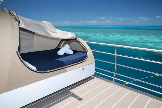 """Khách sạn """"ba chìm bảy nổi"""" cho du khách ngủ cùng… cá dưới biển, dịch vụ tuyệt hảo nhưng lại không có wifi - Ảnh 7."""