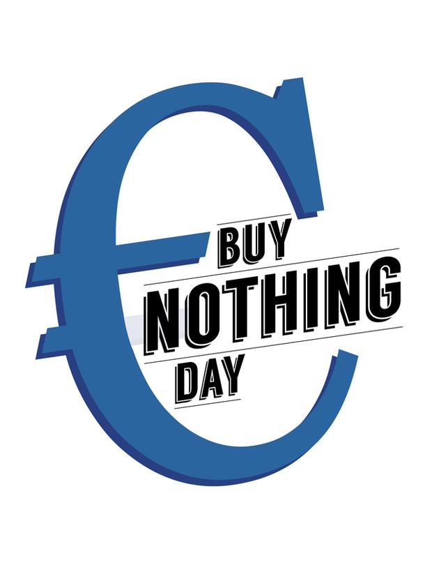 Ngán ngẩm cảnh chen lấn, xô đẩy mua hàng ngày Black Friday, người dân Anh tổ chức chiến dịch không mua gì vào thứ sáu - Ảnh 2.