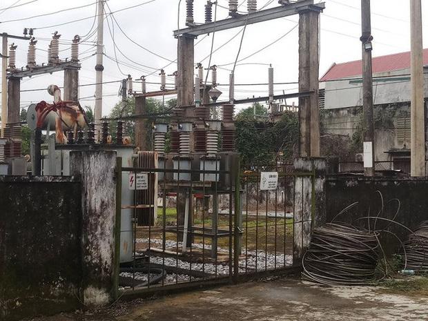 Sửa điện không mang đồ bảo hộ, một người bị điện giật tử vong - Ảnh 1.