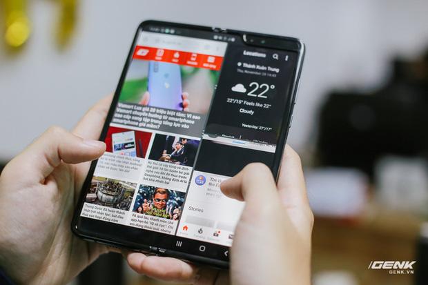 Mở hộp Galaxy Fold chính hãng: Giá 50 triệu đồng vẫn cháy hàng chỉ sau 6 giờ mở bán - Ảnh 15.