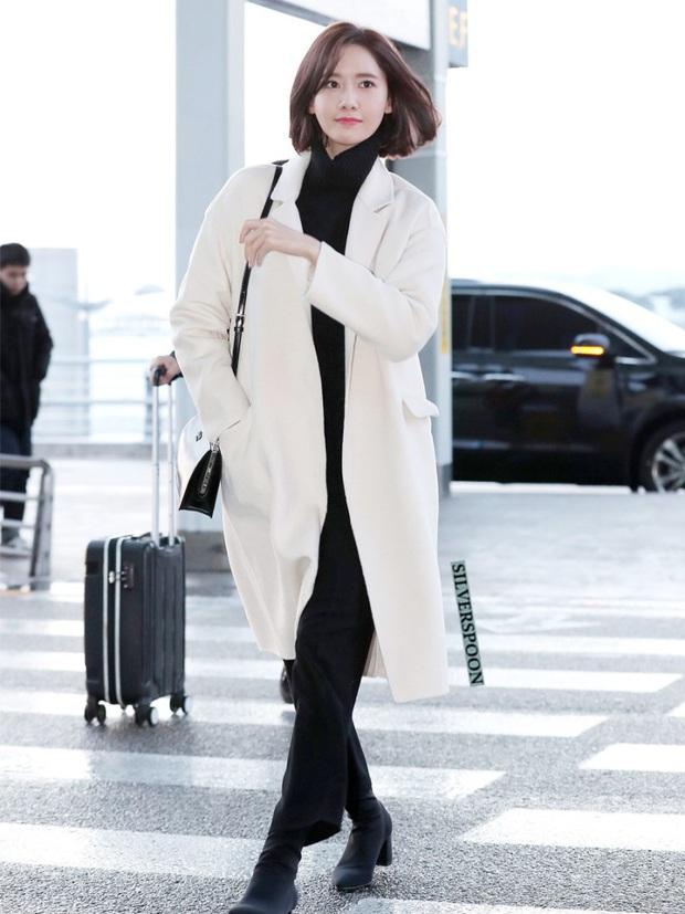 Cả Yoona lẫn Ryujin (ITZY) đều bị lộ chân vòng kiềng bởi một kiểu quần, nàng chân cong nên tránh ngay - Ảnh 7.