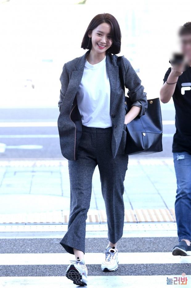Cả Yoona lẫn Ryujin (ITZY) đều bị lộ chân vòng kiềng bởi một kiểu quần, nàng chân cong nên tránh ngay - Ảnh 8.